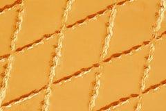 Prawdziwa skóra z rhombus zaszytym Zbliżenie na rzemiennej tekstury powierzchni z rhombus ściegiem Dla nowożytnego wzoru Obrazy Stock