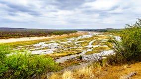 Prawie sucha Olifant rzeka w Kruger parku narodowym w Południowa Afryka obrazy stock