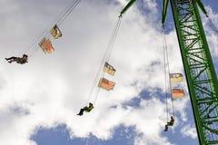 Prawie wśród chmur na wysokim carousel przy Oktoberfest, Stuttgart Zdjęcia Stock