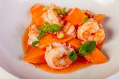 Prawn and papaya salad. With sauce Royalty Free Stock Photography