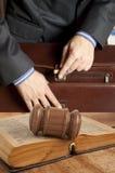 Prawnik w sala sądowej obraz stock