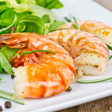 Prawns with salad Royalty Free Stock Photos