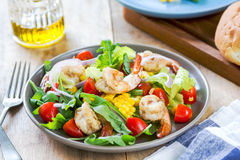 Prawns with sweet corn and rocket salad Royalty Free Stock Images