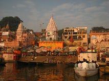 Prayag Ghat i Benaras Indien Arkivbilder