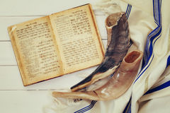 Prayer Shawl - Tallit and Shofar (horn) jewish religious symbol Royalty Free Stock Images
