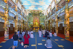 Prayer in the temple Linh Phuoc. Trai Mit, Vietnam Royalty Free Stock Photography