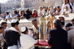 Prayer at the wailing wall Stock Photography