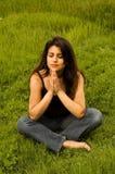 praying woman Στοκ φωτογραφία με δικαίωμα ελεύθερης χρήσης