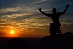 Prayng do homem Imagem de Stock
