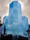 Prédio de escritórios de vidro Imagens de Stock