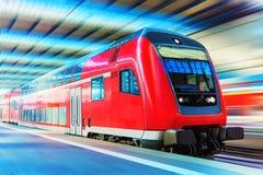 prędkość pociągu wysokiej nowoczesnego Zdjęcia Royalty Free