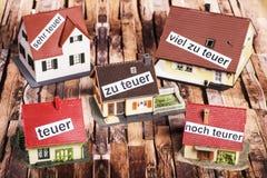 Preços altos para bens imobiliários foto de stock