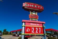 Preços de gás do witth do sinal da loja de Sheetz Imagem de Stock Royalty Free