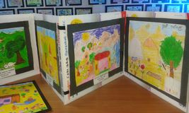 Pre искусства 1 ребеят школьного возраста Стоковые Фотографии RF