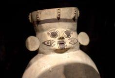 Pre kallade den keramiska incaen 'Huacos från Chancay peruansk kultur royaltyfria foton