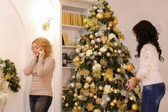 Pre-nuove agitazione e preparazioni del ` s di anno per le vacanze invernali della t Fotografie Stock Libere da Diritti