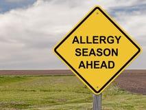Precaución - estación de la alergia a continuación Imágenes de archivo libres de regalías