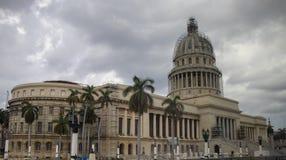 Precedente costruzione del Parlamento a Avana, Cuba immagini stock