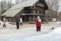 Precedente divertimento russo, corda arrotolata Fotografie Stock Libere da Diritti