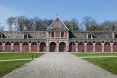 Precedenti stalle al palazzo Vaux-Le-Vicomte Palazzo francese barrocco di de Vaux-le-Vicomte (1661) del castello - Fotografia Stock Libera da Diritti