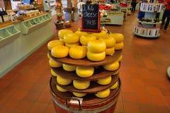 precio redondo Holanda del queso de Amsterdam Fotos de archivo libres de regalías