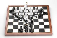 Precipitação das figuras brancas da xadrez Fotos de Stock Royalty Free