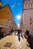 Precipitação do turista na rua principal de Zadar Imagem de Stock Royalty Free