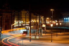 Precipitación de la noche en una ciudad Foto de archivo