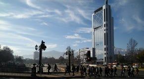 Precipitación a trabajar en Santiago, Chile Fotos de archivo libres de regalías