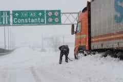 Precipitazioni nevose su ad alta velocità Immagini Stock Libere da Diritti
