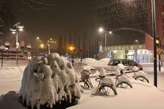 Precipitazioni nevose su Main Street Fotografia Stock