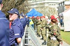 Precis för ceremonin av att avtäcka monumentet offren av en flygplanskrasch nära Smolensk Arkivfoton