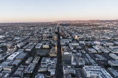 Predawn flyg- Wilshire Bl Los Angeles Kalifornien royaltyfri bild