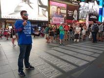 Predika i Times Square, NYC, NY, USA royaltyfri foto
