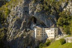 Predjama城堡,波斯托伊纳,斯洛文尼亚 库存照片