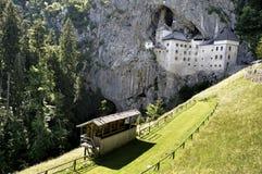 Predjama slott arkivbilder