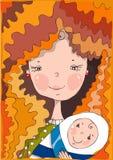 Preensões de sorriso bonitas da matriz nas mãos seu bebê Fotos de Stock