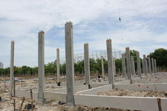 Prefabriceer concrete stichting in Thailand Stock Foto