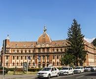 Prefectura Brasov är en historisk monument som byggs i 1902 royaltyfria bilder