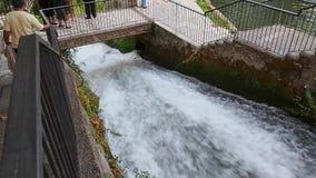 Prefectura de EÎ'εσσα Pella de las cascadas de Edessa, Macedonia, Grecia almacen de video