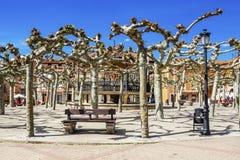 Prefeito da plaza ou quadrado principal em Belorado, Burgos, Castilla y Leon, Espanha imagem de stock