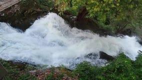 Prefettura di EÎ'εσσα Pella delle cascate di Edessa, Macedonia, Grecia stock footage