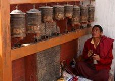 Pregare del monaco Immagine Stock