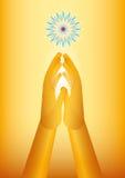 Pregare dorato della mano Immagini Stock