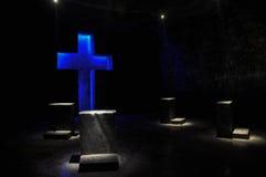 Pregare punto nella cattedrale del sale di Zipaquira, la Colombia Fotografia Stock