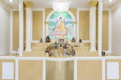 Pregare stanza, insieme della tavola dell'altare Immagini Stock