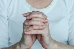 Preghi il gesto Fotografie Stock