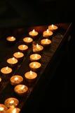 Preghi le candele Immagini Stock Libere da Diritti