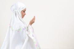 Preghiera della giovane donna Immagini Stock