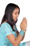 Preghiera indiana della ragazza al dio Immagine Stock Libera da Diritti